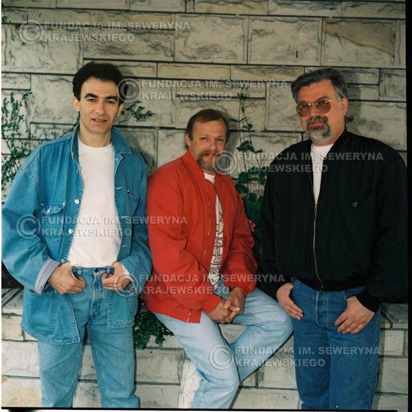 # 1174 - 1991r. sesja zdjęciowa w Michalinie, come back Czerwonych Gitar w składzie: Seweryn Krajewski, Jerzy Skrzypczyk, Bernard Dornowski.