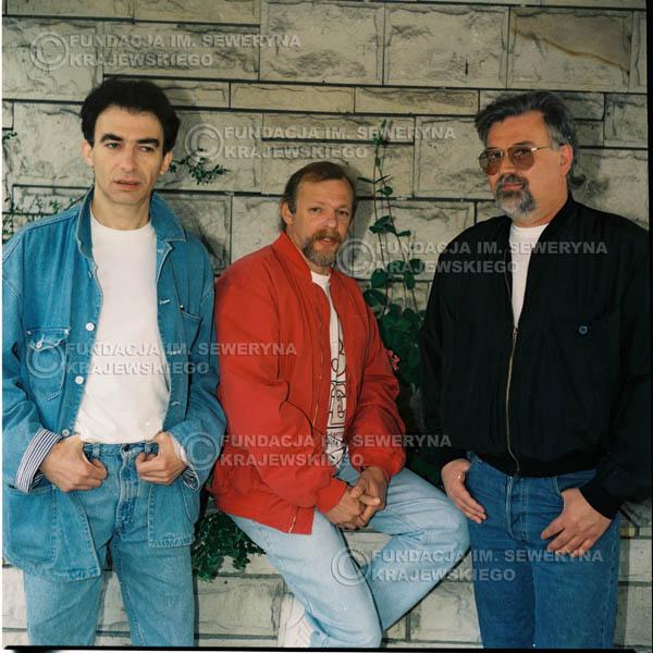 # 1175 - 1991r. sesja zdjęciowa w Michalinie, come back Czerwonych Gitar w składzie: Seweryn Krajewski, Jerzy Skrzypczyk, Bernard Dornowski.