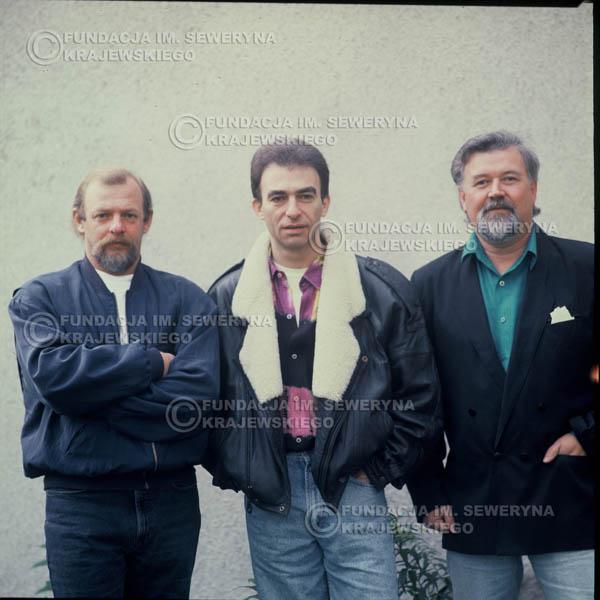 # 1213 - 1991r. sesja zdjęciowa w Michalinie, come back Czerwonych Gitar w składzie: Seweryn Krajewski, Bernard Dornowski, Jerzy Skrzypczyk.