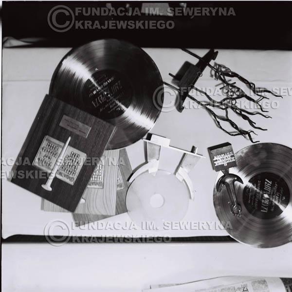# 1233 - Nagrody zdobyte przez Czerwone Gitary.