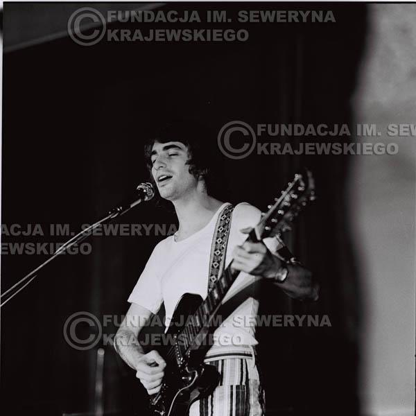 # 1258 - 1973r. Seweryn Krajewski - koncert Czerwonych Gitar w Teatrze Polskim we Wrocławiu.