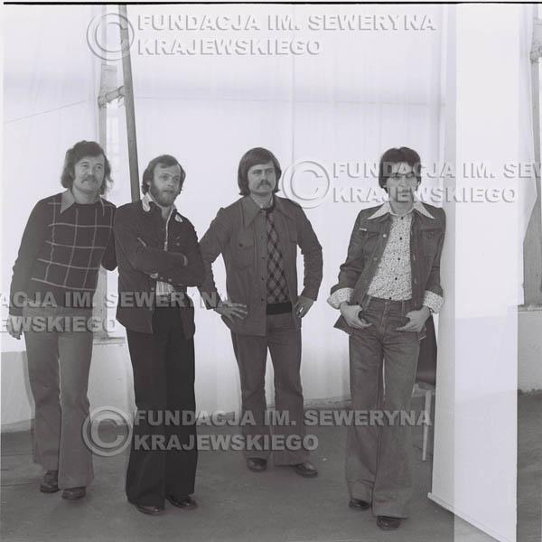 # 1363 - Czerwone Gitary w składzie: Jerzy Skrzypczyk, Seweryn Krajewski, Ryszard Kaczmarek, Bernard Dornowski.