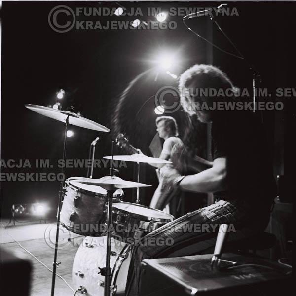# 1441 - 1973r. koncert Czerwonych Gitar w Poznaniu w składzie: Bernard Dornowski, Seweryn Krajewski, Jerzy Skrzypczyk.