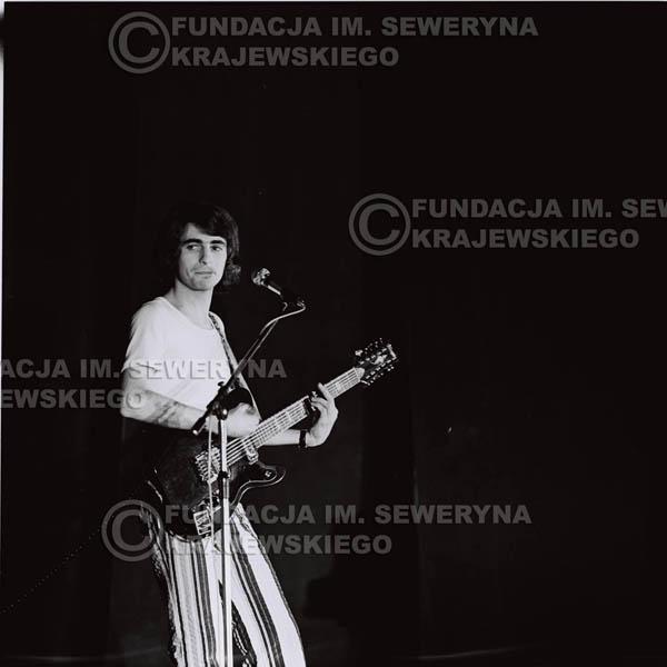 # 1447 - 1973r. koncert Czerwonych Gitar w Poznaniu w składzie: Bernard Dornowski, Seweryn Krajewski, Jerzy Skrzypczyk.