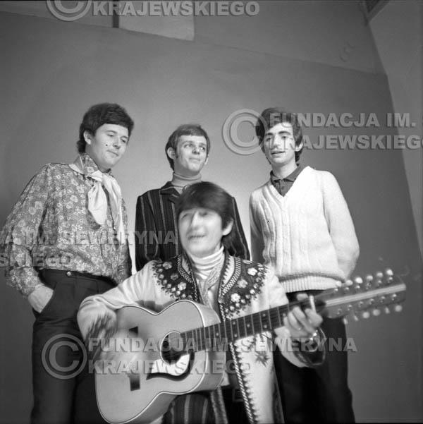 # 153 - Czerwone Gitary 1967r.