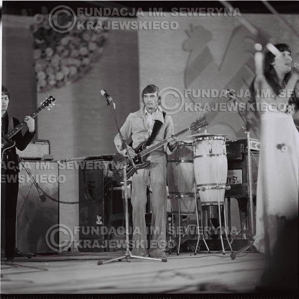 # 1594 - 1976r. Krajowy Festiwal Piosenki Polskiej w Opolu.