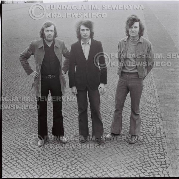 # 1600 - 1973r. Katowice, przy Pomniku Powstańców Śląskich: Jerzy Skrzypczyk, Seweryn Krajewski, Bernard Dornowski