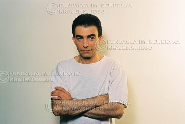 # 18 - Leszek Fidusiewicz. Sesja do okładki 'Strofki na gitarę (2)' - 1993 r.