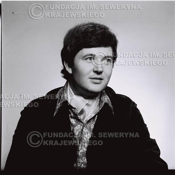 # 194 - Bernard Dornowski 1967r. sesja zdjęciowa do płyty pt: 'Czerwone Gitary 3'