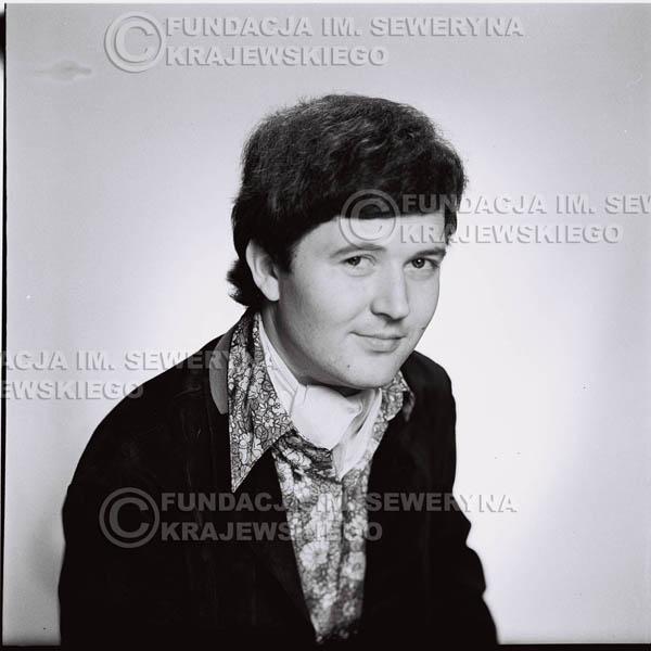 # 195 - Bernard Dornowski 1967r. sesja zdjęciowa do płyty pt: 'Czerwone Gitary 3'