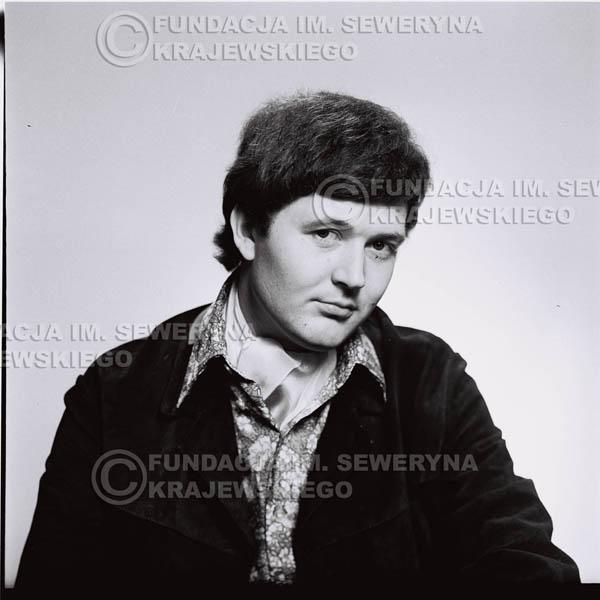 # 211 - Bernard Dornowski 1967r. sesja do płyty pt: 'Czerwone Gitary 3'