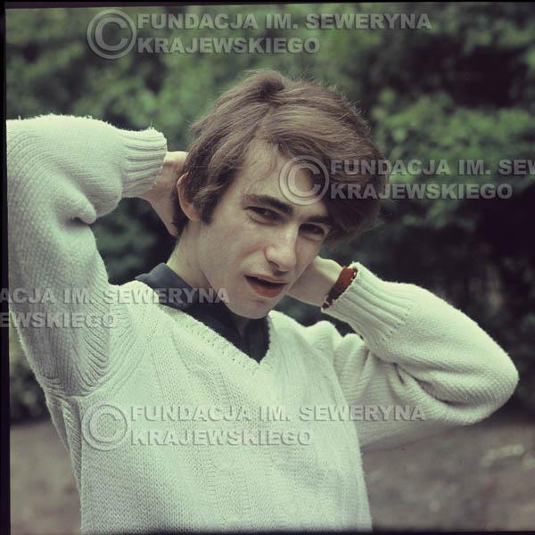 # 345 - Seweryn Krajewski, Łódź sesja do płyty pt: 'Czerwone Gitary 3' 1967r