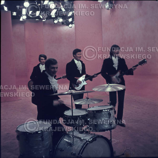 # 353 - Czerwone Gitary 1967r, telewizja w Warszawie, promocja trzeciej płyty
