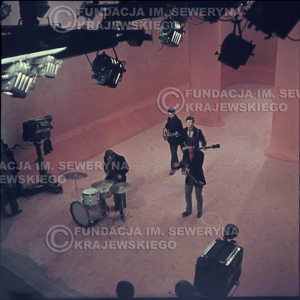 # 357 - Czerwone Gitary 1967r, telewizja w Warszawie, promocja trzeciej płyty