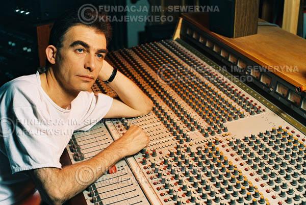 # 36 - Leszek Fidusiewicz. Sesja do okładki 'Strofki na gitarę (2)' - 1993 r.