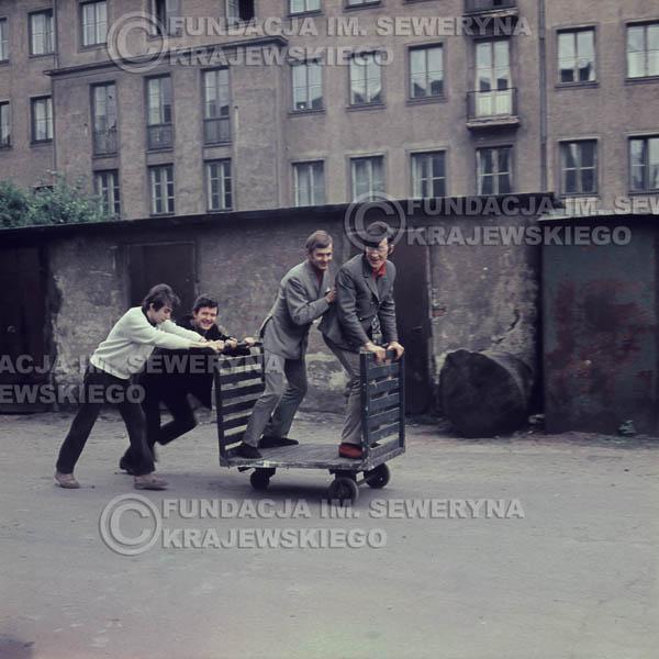 # 374 - Czerwone Gitary, Łódź, sesja zdjęciowa do płyty pt: 'Czerwone Gitary 3' 1967r