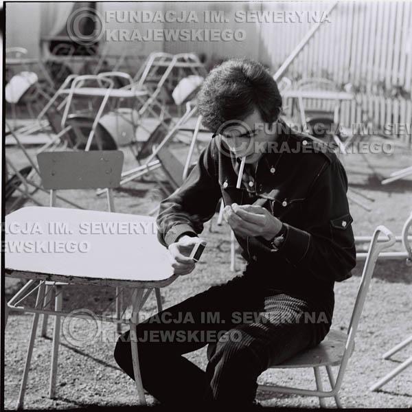 # 416 - Seweryn Krajewski, 1967r. sesja w Sopocie (zdjęcia dla fanów do autografów)