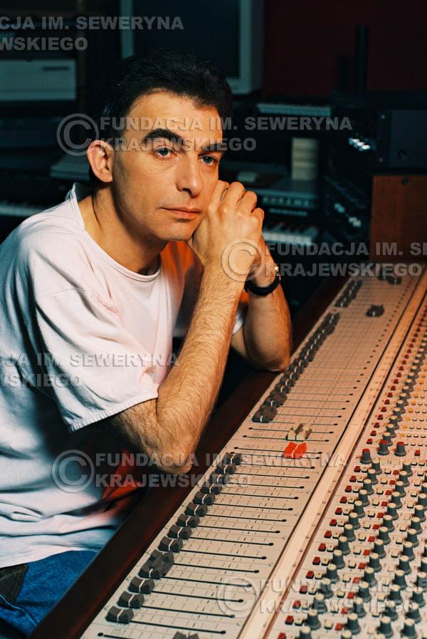# 42 - Leszek Fidusiewicz. Sesja do okładki 'Strofki na gitarę (2)' - 1993 r.