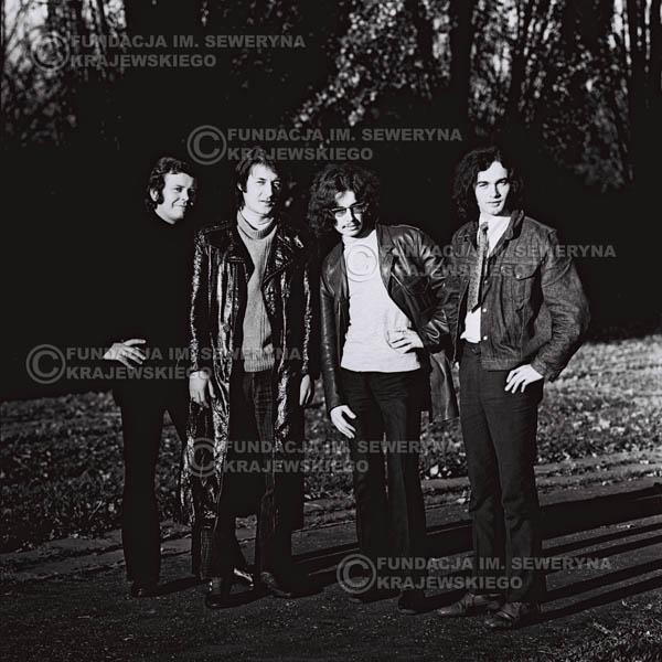 # 490 - 'Trzy Korony' 1970r. W składzie: od lewej: Ryszard Klenczon , Krzysztof Klenczon, Grzegorz Andrian i Piotr Stajkowski