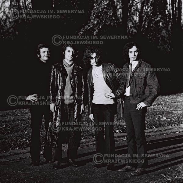 # 492 - 'Trzy Korony' 1970r. W składzie: od lewej: Ryszard Klenczon , Krzysztof Klenczon, Grzegorz Andrian i Piotr Stajkowski