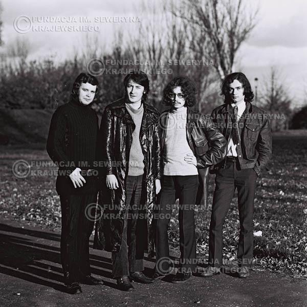 # 493 - 'Trzy Korony' 1970r. W składzie: od lewej: Ryszard Klenczon , Krzysztof Klenczon, Grzegorz Andrian i Piotr Stajkowski