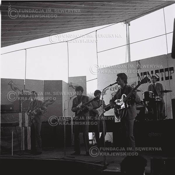 # 609 - 1966r. Nonstop, 'Czerwone Gitary'.