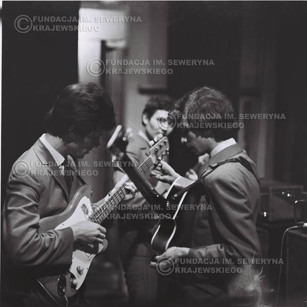 # 624 - zimowy Nonstop,1966r. Od lewej: Bernard Dornowski , Jerzy Kosela, Seweryn Krajewski.