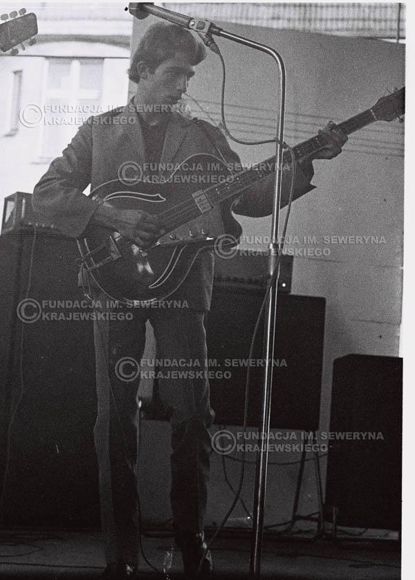 # 638 - 1966r, Nonstop. Koncert Czerwone Gitary.Seweryn Krajewski.