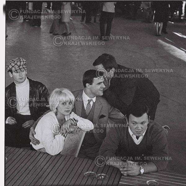 # 643 - Na Koncercie Czerwonych Gitar, Nonstop, 1966r. Sopot