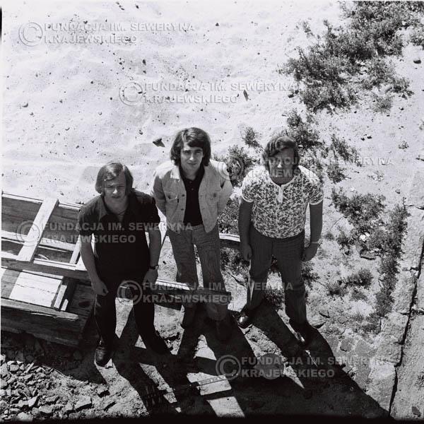 # 702 - 1970r. Czerwone Gitary w składzie: Seweryn Krajewski, Bernard Dornowski, Jerzy Skrzypczyk.