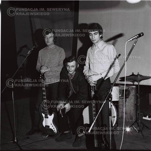 # 731 - Czerwone Gitary 1970r. w składzie: Seweryn Krajewski, Jerzy Skrzypczyk i Bernard Dornowski