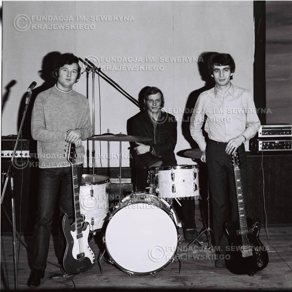 # 734 - Czerwone Gitary 1970r. w składzie: Seweryn Krajewski, Jerzy Skrzypczyk i Bernard Dornowski
