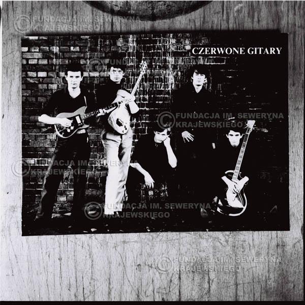 # 751 - Czerwone Gitary. Od lewej: Bernard Dornowski, Jerzy Kosela, Jerzy Skrzypczyk, Krzysztof Klenczon , Seweryn Krajewski