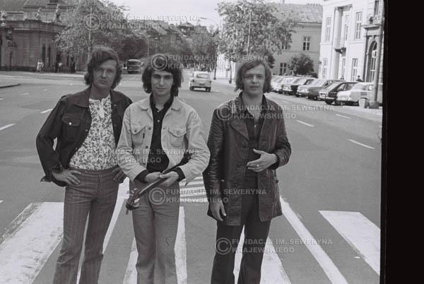 # 765 - 1970r. Warszawa, Czerwone Gitary w składzie: Seweryn Krajewski, Bernard Dornowski, Jerzy Skrzypczyk