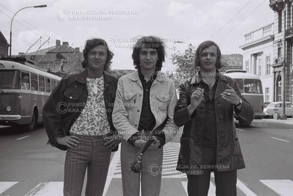 # 781 - 1970r. Warszawa, Czerwone Gitary w składzie: Seweryn Krajewski, Bernard Dornowski, Jerzy Skrzypczyk
