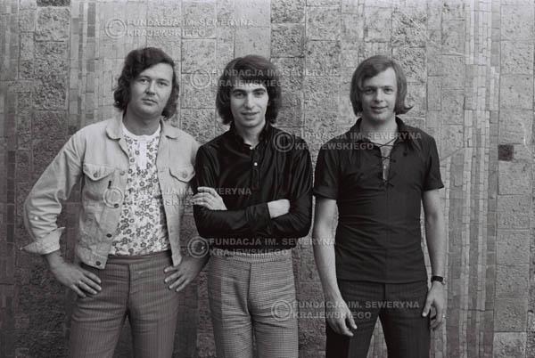 # 797 - 1970r. Warszawa, Czerwone Gitary w składzie: Seweryn Krajewski, Bernard Dornowski, Jerzy Skrzypczyk