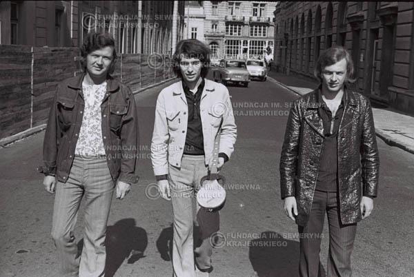 # 808 - 1970r. Warszawa, Czerwone Gitary w składzie: Seweryn Krajewski, Bernard Dornowski, Jerzy Skrzypczyk