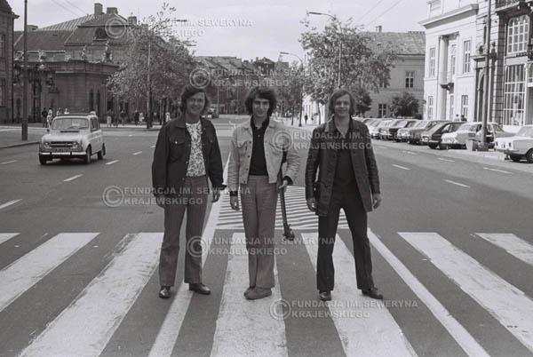 # 811 - 1970r. Warszawa, Czerwone Gitary w składzie: Seweryn Krajewski, Bernard Dornowski, Jerzy Skrzypczyk