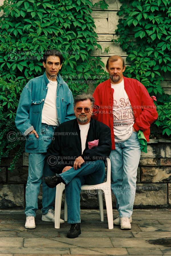 # 894 - 1991r. sesja zdjęciowa w Michalinie, Czerwone Gitary w składzie (come back):Seweryn Krajewski, Bernard Dornowski, Jerzy Skrzypczyk