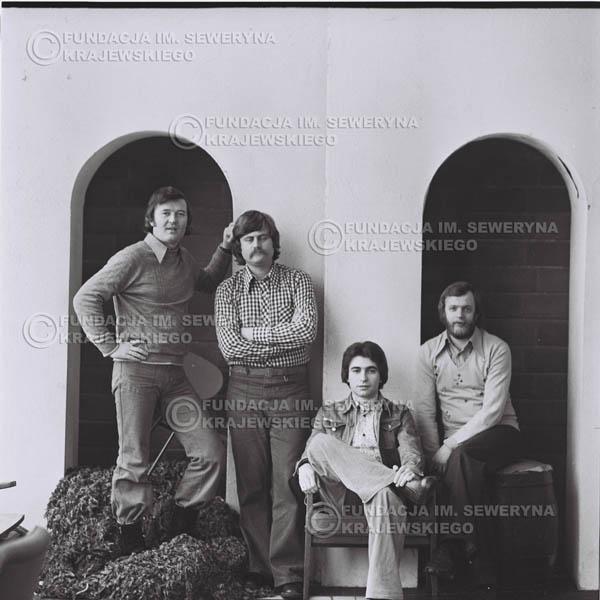 # 975 - 1975r. Od lewej: Bernard Dornowski, Ryszard Kaczmarek, Seweryn Krajewski, Jerzy Skrzypczyk