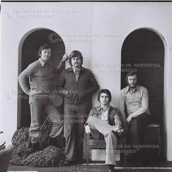 # 976 - 1975r. Od lewej: Bernard Dornowski, Ryszard Kaczmarek, Seweryn Krajewski, Jerzy Skrzypczyk